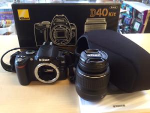 Nikon デジタル一眼レフカメラ D40BLK